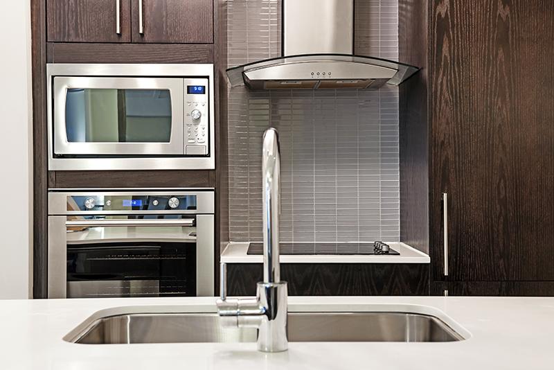 electrodomésticos-en-acero-inoxidable-para-cocinas.jpg