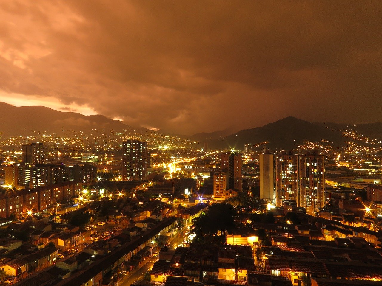 Adquiere finca raiz en Medellin
