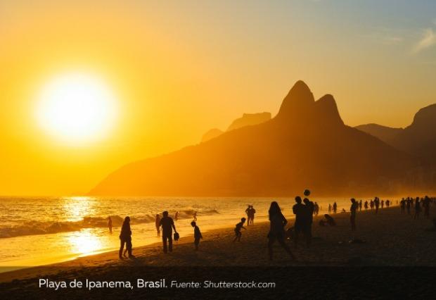 atardecer-en-Playa-de-Ipanema-Brasil.jpg